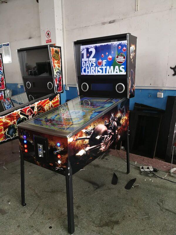Virtual Pinball Machine with Batman Graphics